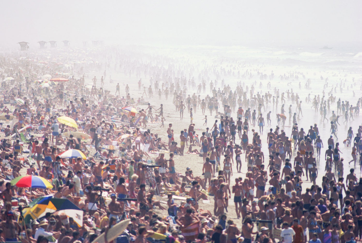 HUNTINGTON BEACH , CALIFORNIA, 1987